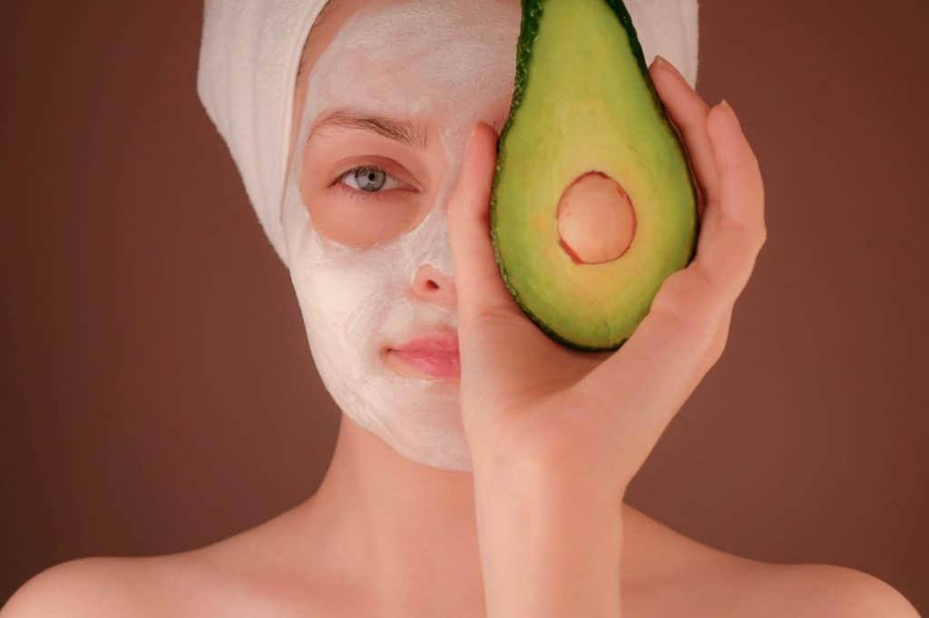 Smart Is Beautiful Enlightening Skin Care Industry Statistics 1